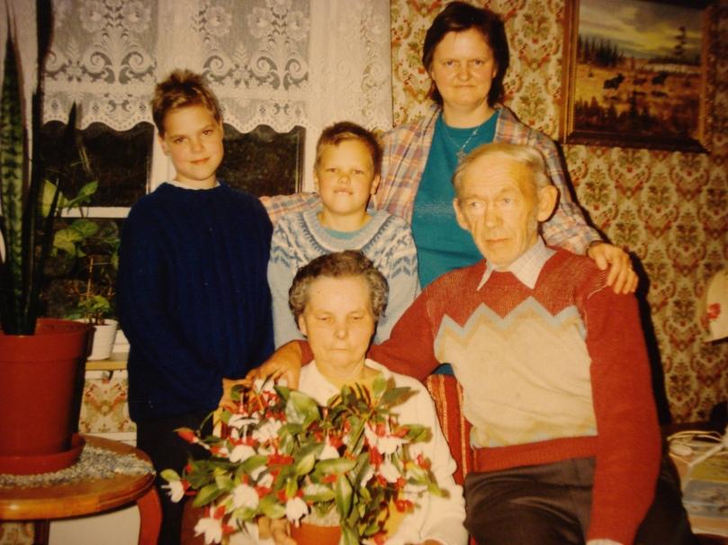 syrran, jag, mamma, mormor och morfar